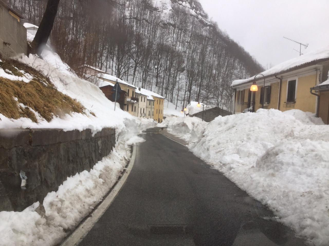 Abruzzo neve strada statale 80