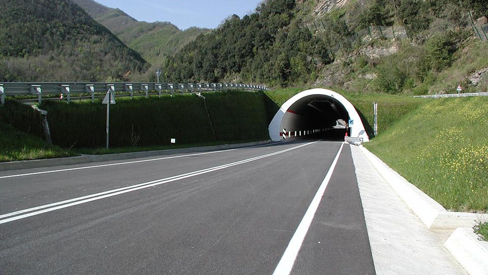 Immagine della strada statale 1 Via Aurelia presso Albenga