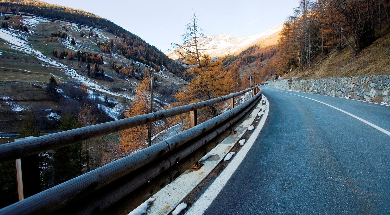 Immagine di un tratto stradale della SS27