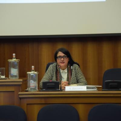 """Corso di specializzazione per giornalisti  """"Connettere Italia"""" – Antonella Baccaro"""