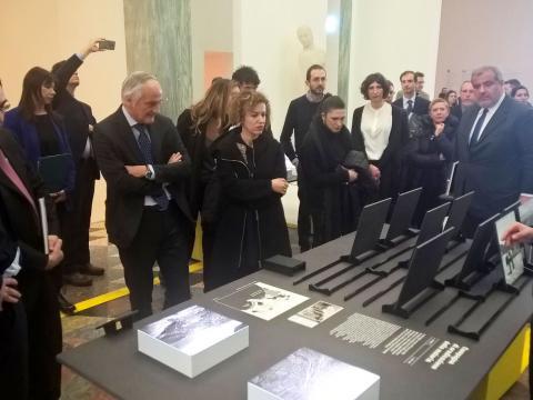 Foto 6 - Milano - Presentazione Mostra Mi ricordo la strada e volume ANSA La strada racconta