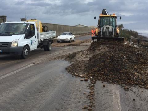 Sardegna rimozione detriti strada statale 195