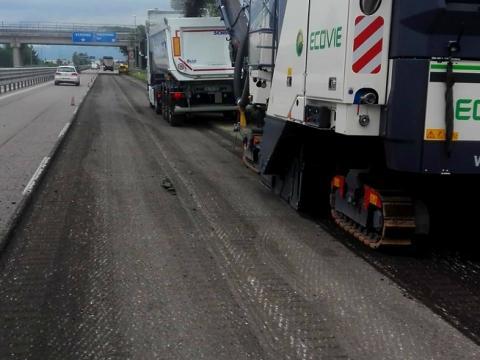 Lavori di risanamento profondo della pavimentazione sulla Transpolesana