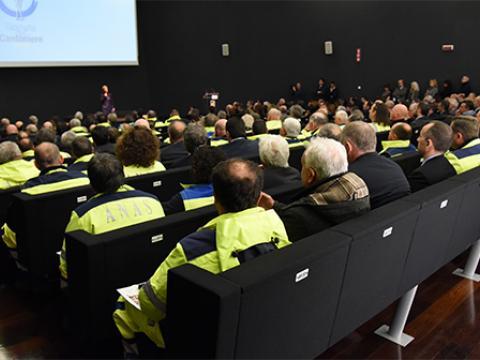 Immagine della platea di un congresso