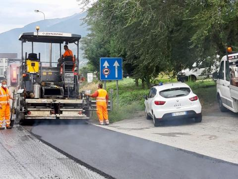 In corso le attività di ripristino pavimentazione tra Quart e Aosta