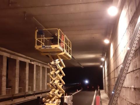 Lavori notturni in galleria Malpasso a Finale Ligure (SV)