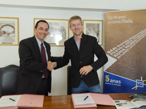 Firma dell'accordo Anas e MIT di Boston: Gianni Vittorio Armani e Carlo Ratti - 19 ottobre 2018