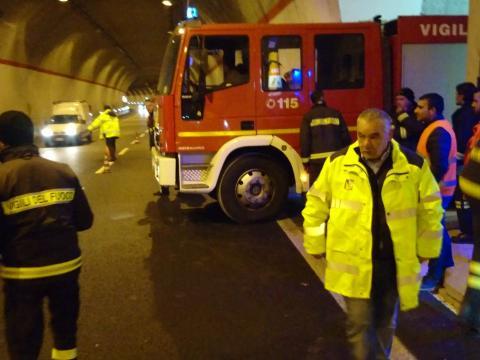 Esercitazione soccorso e incendio galleria Serra Rotonda A2