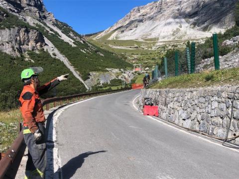 In corso la posa della barriera paramassi a Bormio (SO)